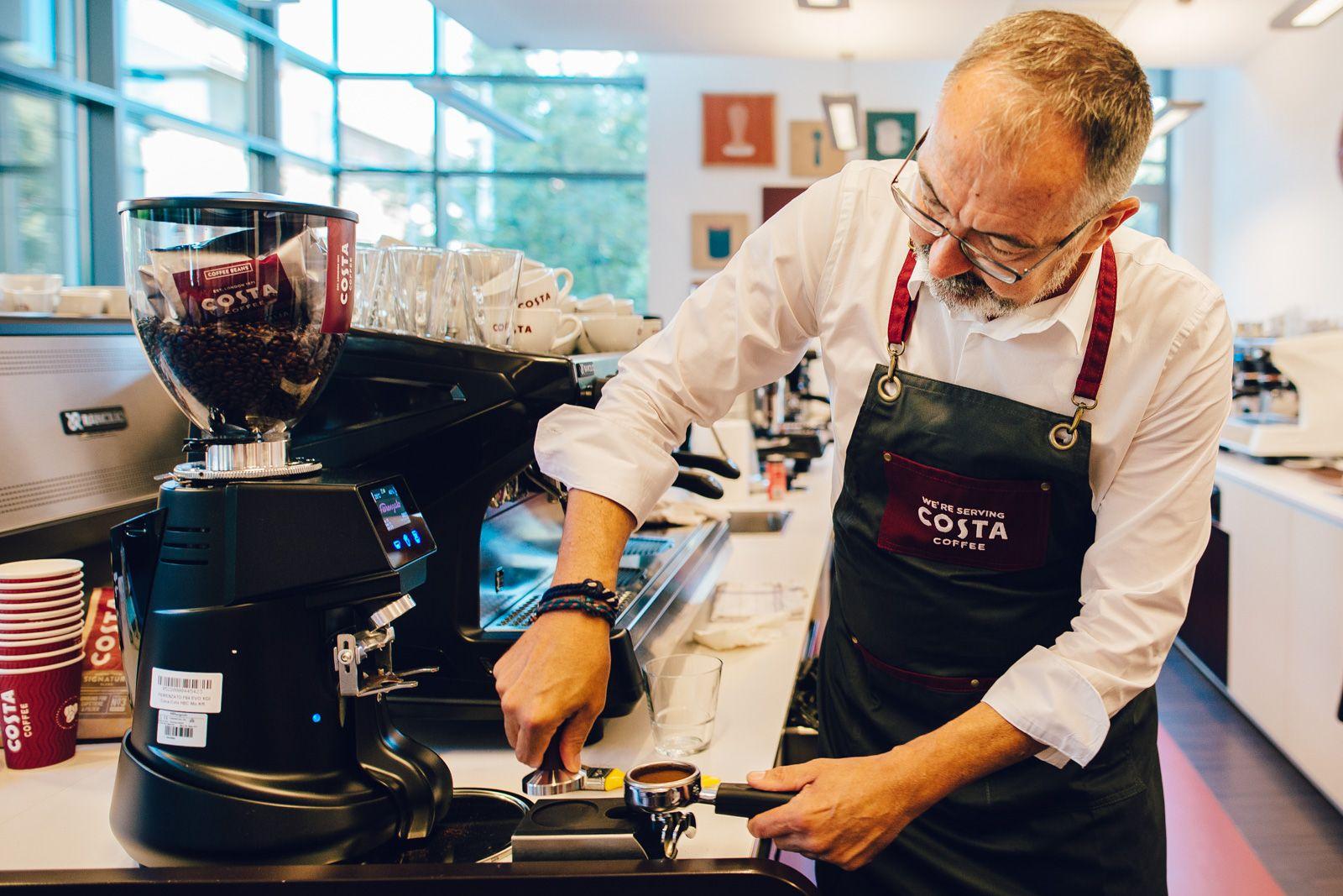 Gávris Iván tökéletes kávét készít