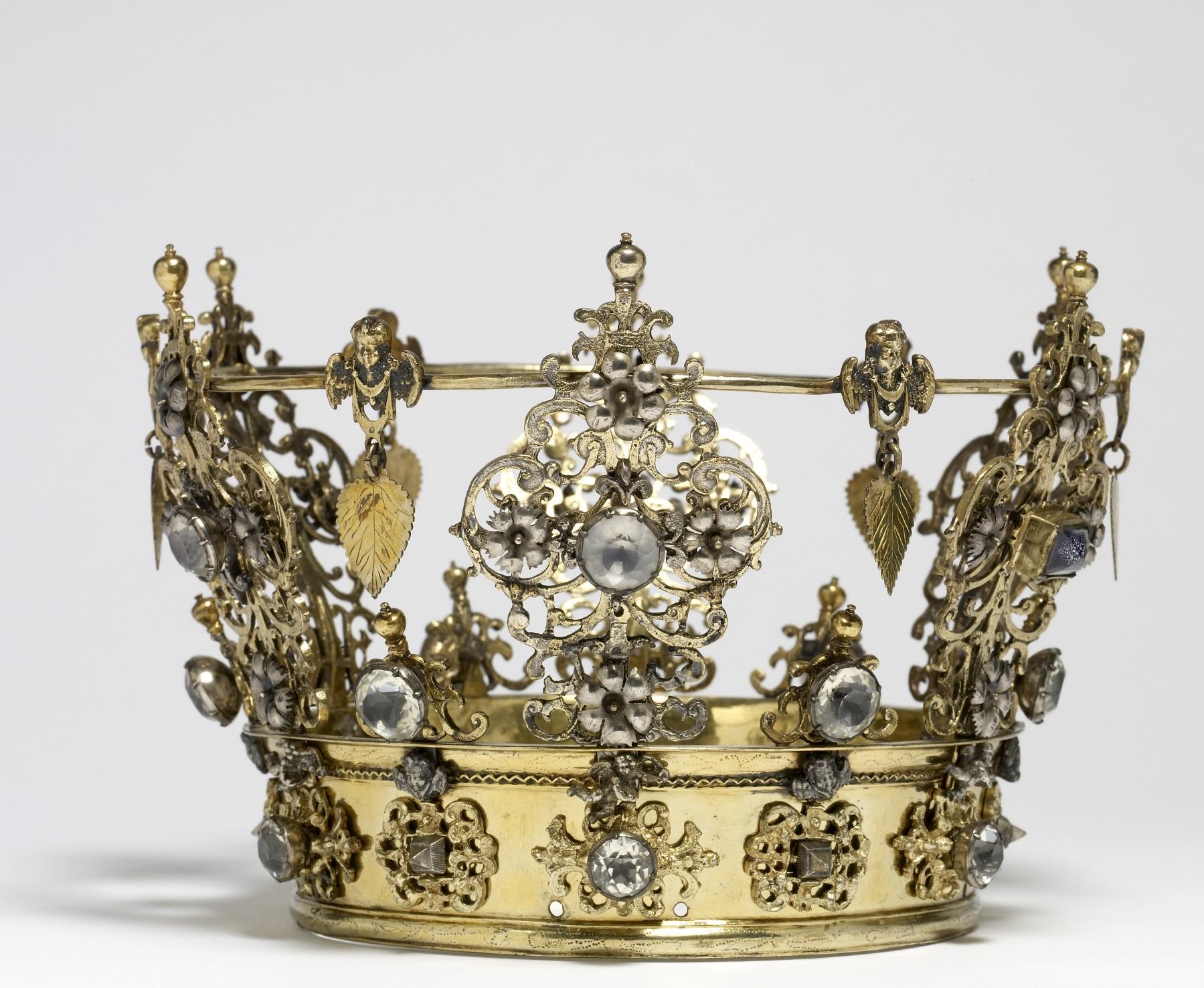 apró arany korona