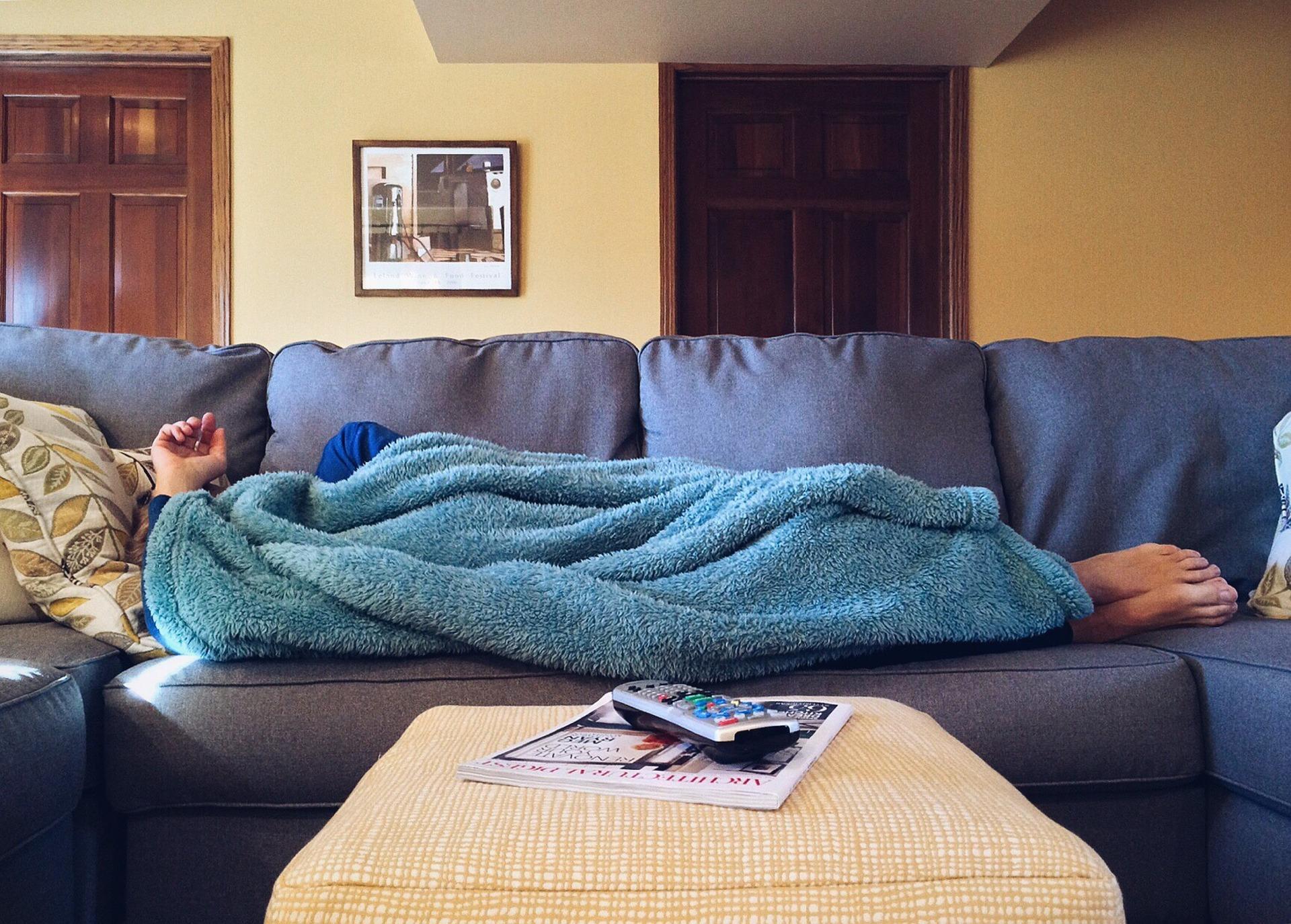 kanapén héderezés fotó: pixabay