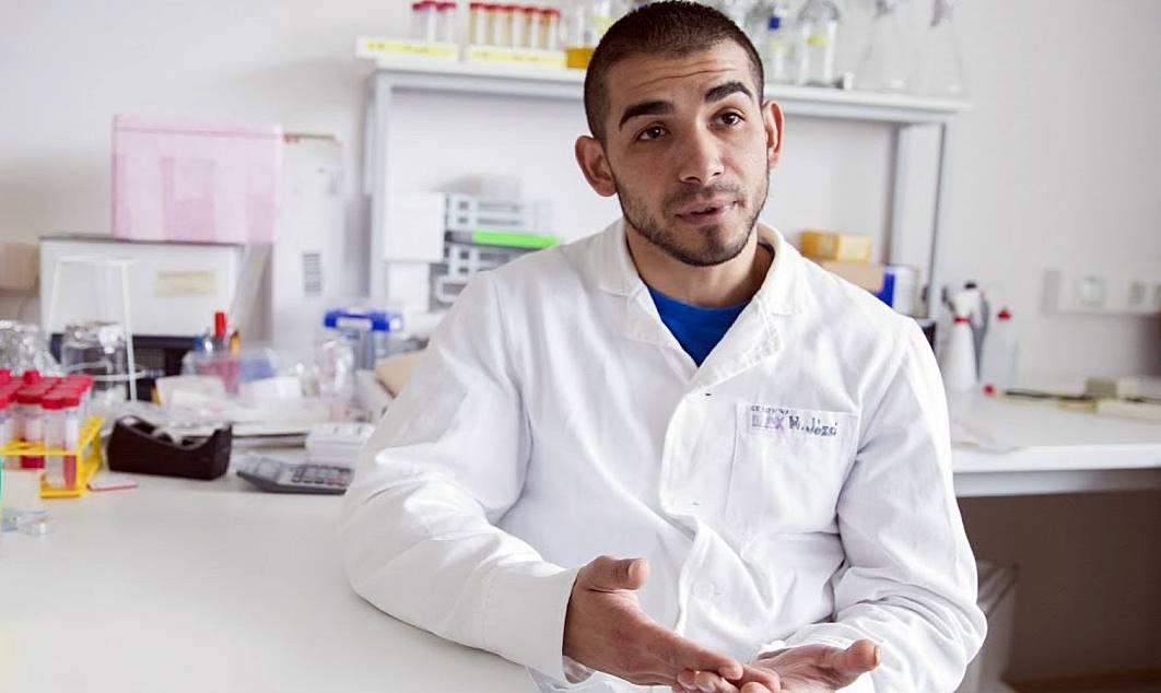 Horváth József molekuláris genetikus, rákkutató a karcagi cigánytelepről jutott el az egyetemig