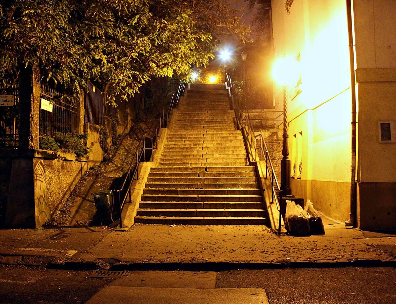 Budapest este 8 után