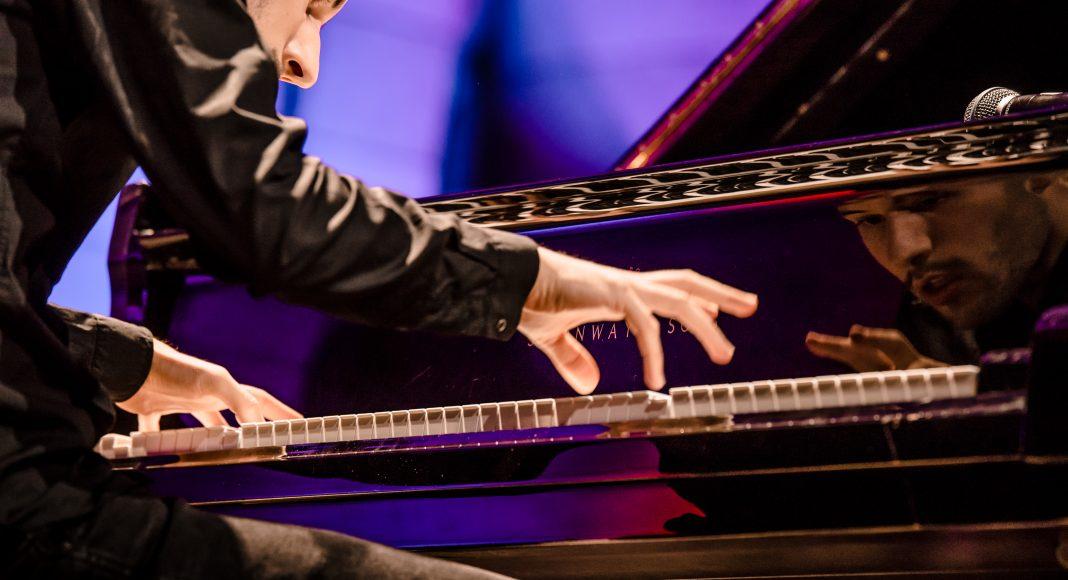 Péter Bence-zongora