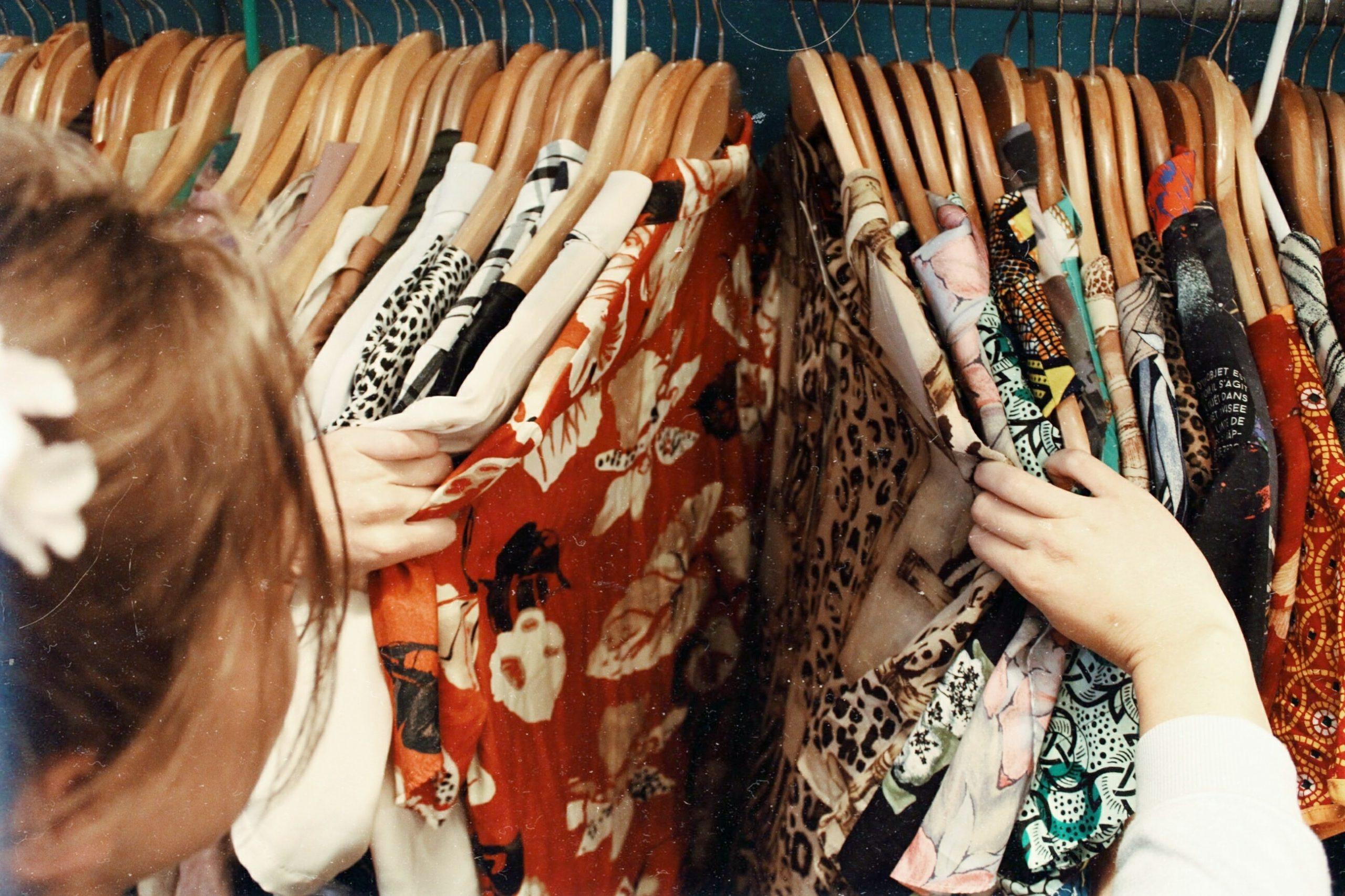 ruházat-gardrób-ruha