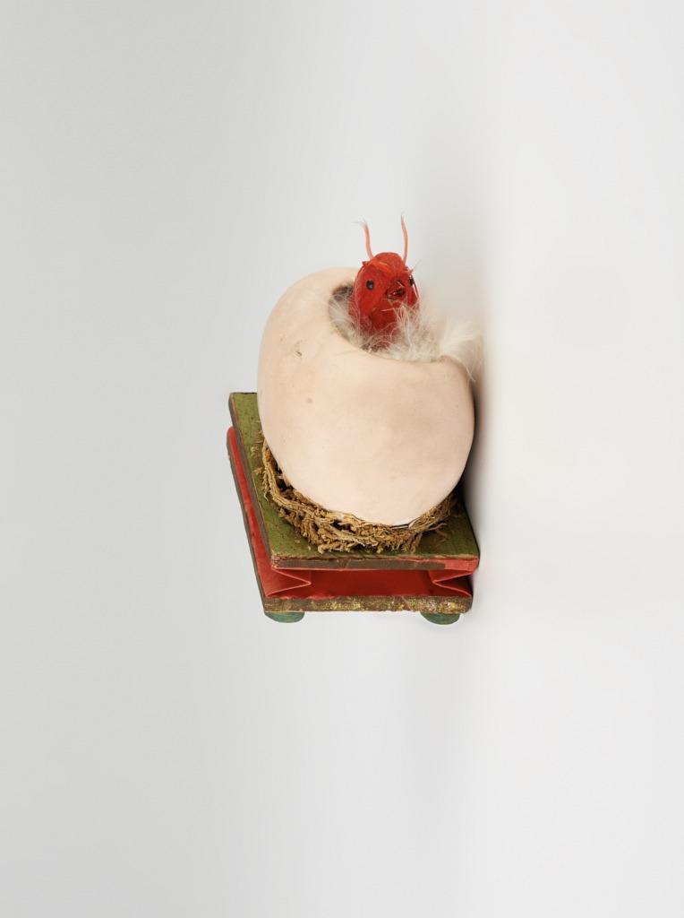 Gipsz húsvéti tojás - csirkével - 1875-1910 - IM