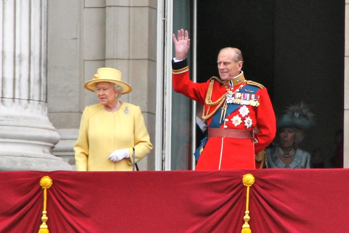 II. Erzsébet és Fülöp herceg a Buckingham-palota erkélyén 2012-ben - forrás: wikipedia - Carfax2