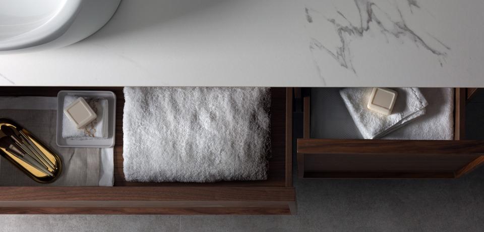 elegáns fürdőszobabútor