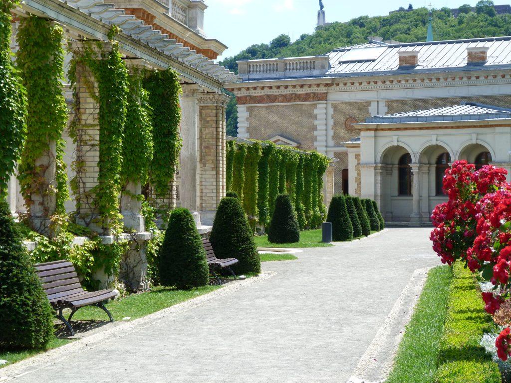 greetings from budapest-séta
