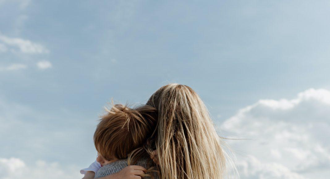Anya és fia szeretet