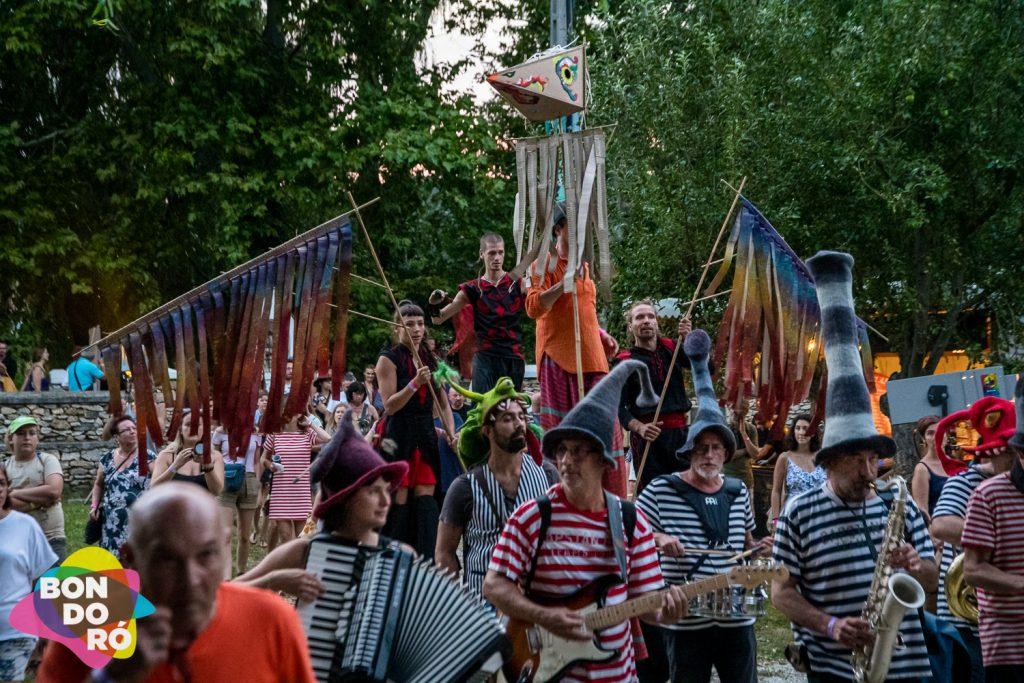 Bondoró felvonulás-fesztivál-kapolcs