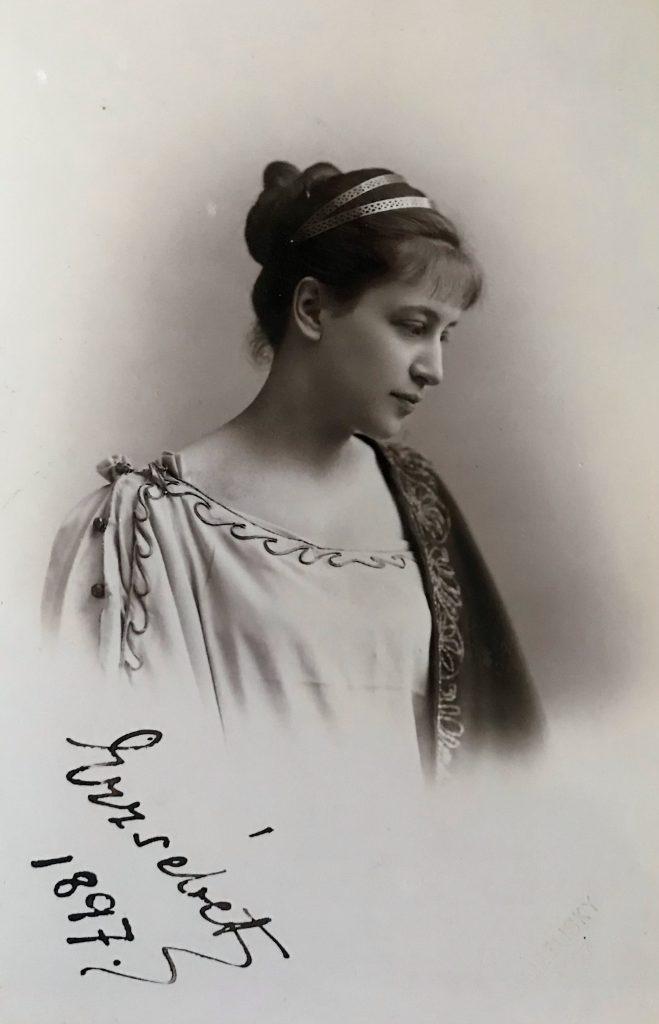 Károlyi Erzsébet