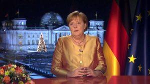 Angela Merkel beszédet mond