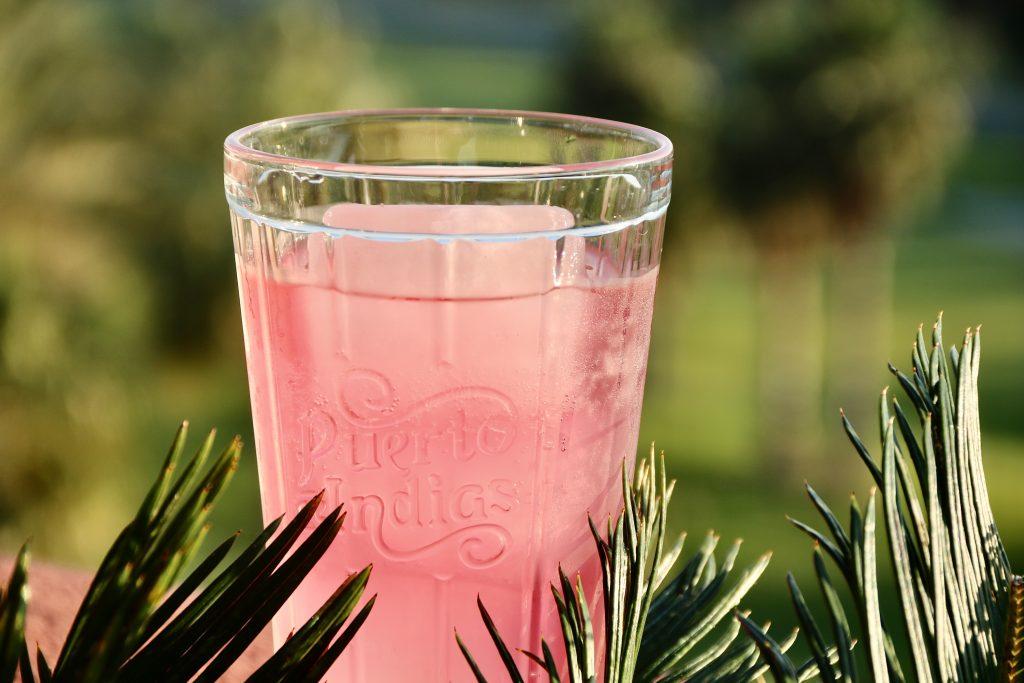 pink gin-koktél