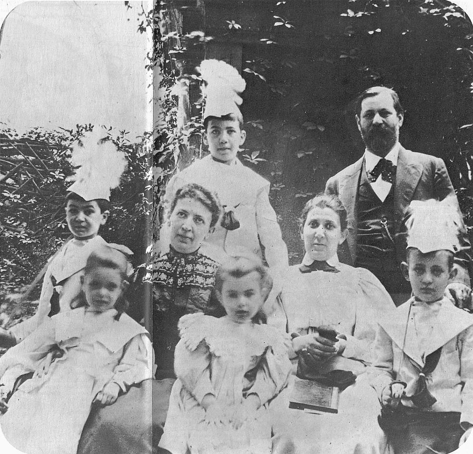 freud és családja-wikimedia