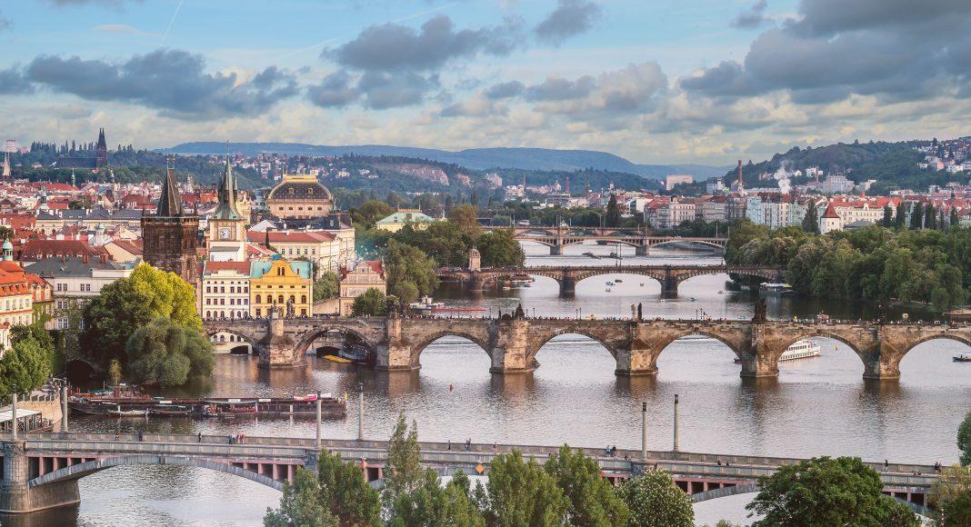 Prága város